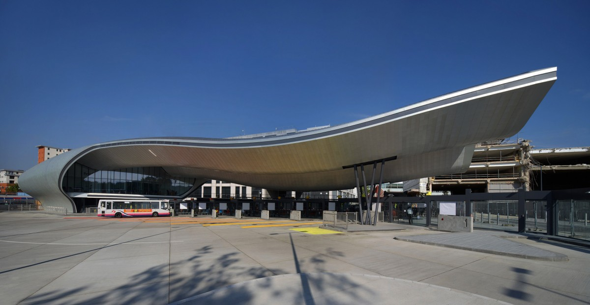 8129 slough bus station 03 - Copyright Hufton + Crow