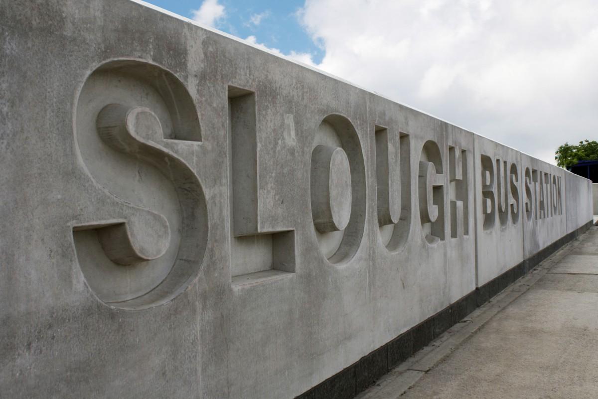 8129 slough bus station 04