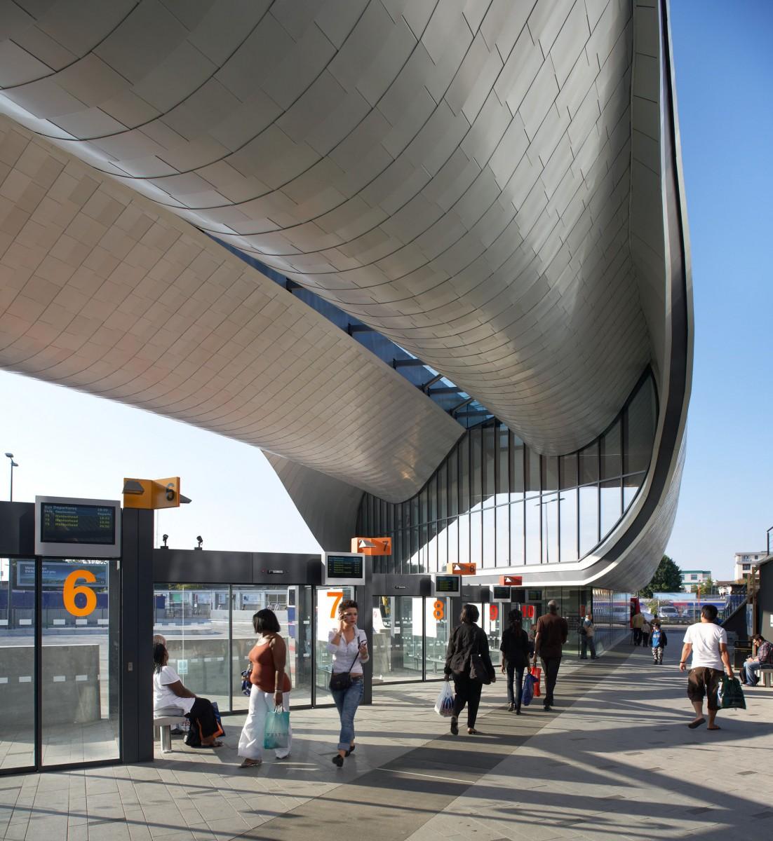 8129 slough bus station 07  Copyright Hufton + Crow
